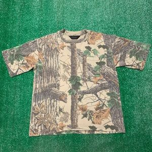 Vintage Liberty Realtree Camo Pocket T Shirt